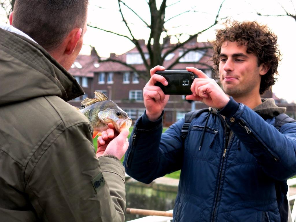 Zondag in studio vis tv anja groot streetfishing en meer video - Tv josephine huis van de wereld ...