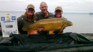 Dames Team aan kop bij World Carp Classic! (video)
